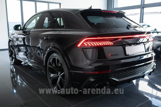 Rental Audi RS Q8 in France