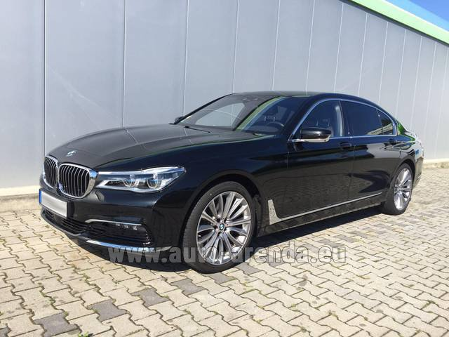 Rental BMW 740 Lang xDrive M Sportpaket Executive Lounge in Germany