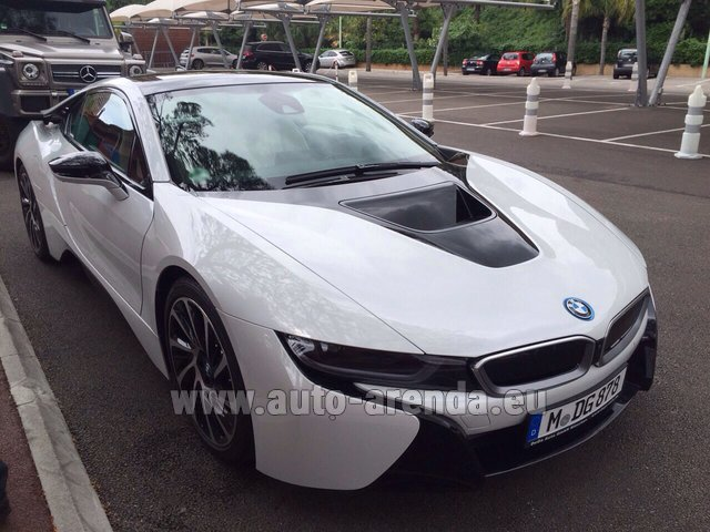Rental BMW i8 Coupe Pure Impulse in The Czech Republic