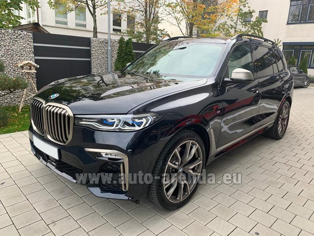 Rental BMW X7 M50d in Germany