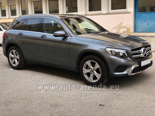 Rental Mercedes-Benz GLC 220d 4MATIC AMG equipment in Germany