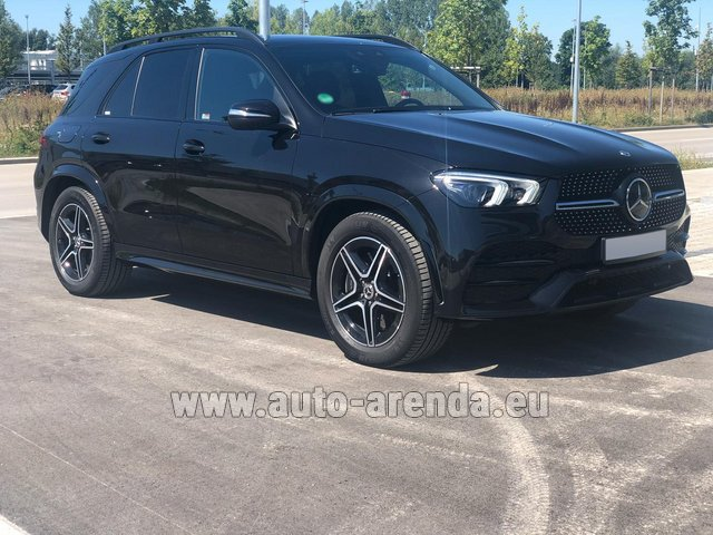 Rental Mercedes-Benz GLE 450 4MATIC AMG equipment in Italy