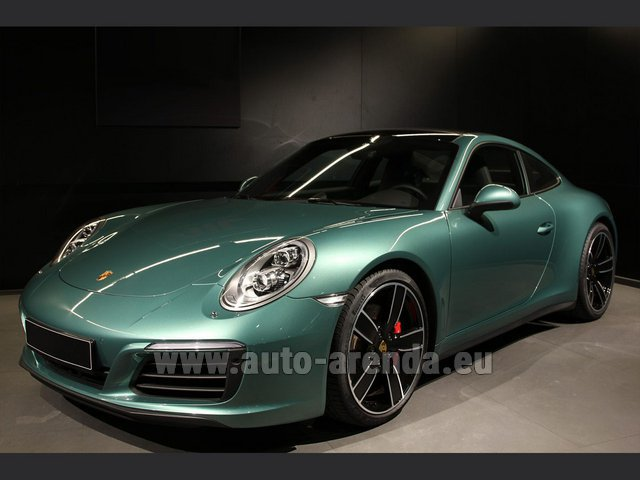 Rental Porsche 911 991 4S Racinggreen Individual Sport Chrono in The Czech Republic