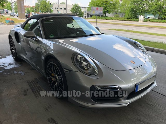 Rental Porsche 911 991 Turbo S in Spain