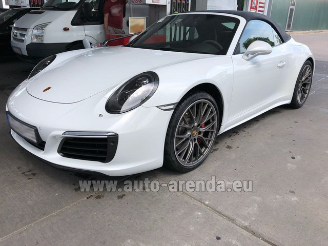 Rental Porsche 911 Carrera 4S Cabrio White in Europe