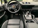 Rent-a-car Porsche Cayenne Turbo V8 550 hp in Austria, photo 6