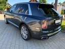 Rent-a-car Rolls-Royce Cullinan dark grey in The Czech Republic, photo 4